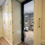 3. A view into the master en-suite
